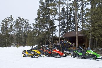 Snowmobile Grand Rapids and Itasca County, Minnesota - Snowmobiling Info from Snow Tracks