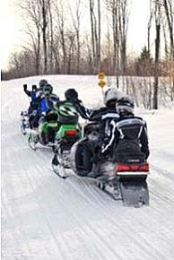 Snowmobile Lac du Flambeau, Wisconsin - Snowmobiling Info for Lac du Flambeau, Wisconsin